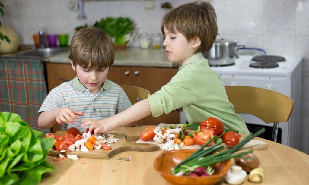 Можно ли давать детям грибы: мнение диетологов