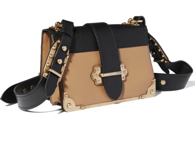 Фото №2 - Prada представляет сумки Pionniere и Cahier