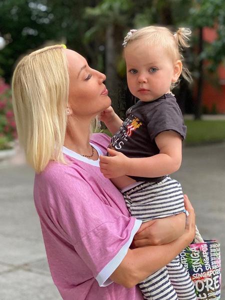 Фото №1 - Каждая женщина может стать мамой: все, что нужно знать об ЭКО в России