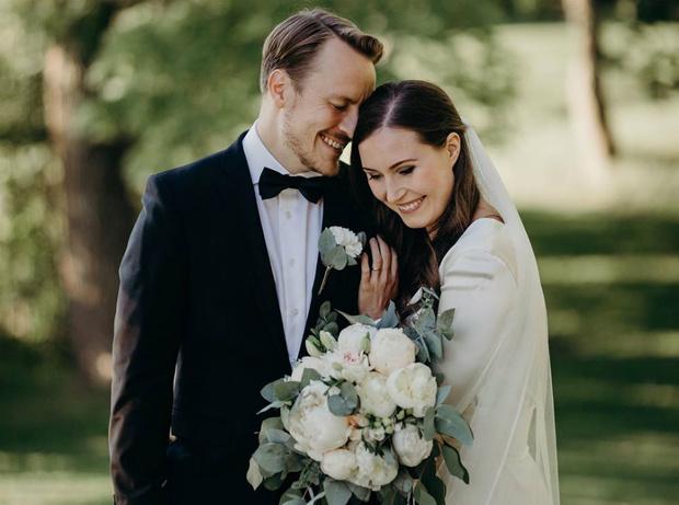 Фото №1 - Первая пара страны: премьер-министр Финляндии вышла замуж за бывшего футболиста