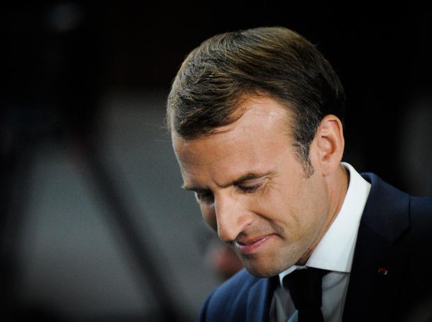 Фото №9 - «Король Эммануэль»: почему французы думают, что Макрон восстанавливает монархию