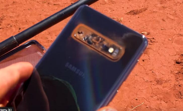 Фото №7 - Samsung S10, iPhone 11 и Nokia 3210 сбросили с вертолета (видео)
