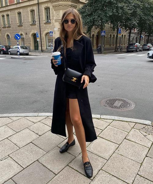 Фото №3 - Total Black: как носить черный и не выглядеть мрачно