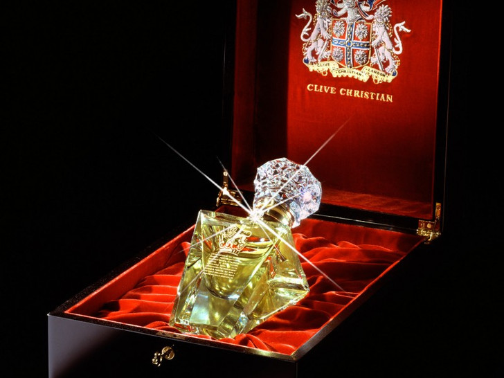 Clive Christian, Imperial Majesty Perfume, 215 тысяч долларов
