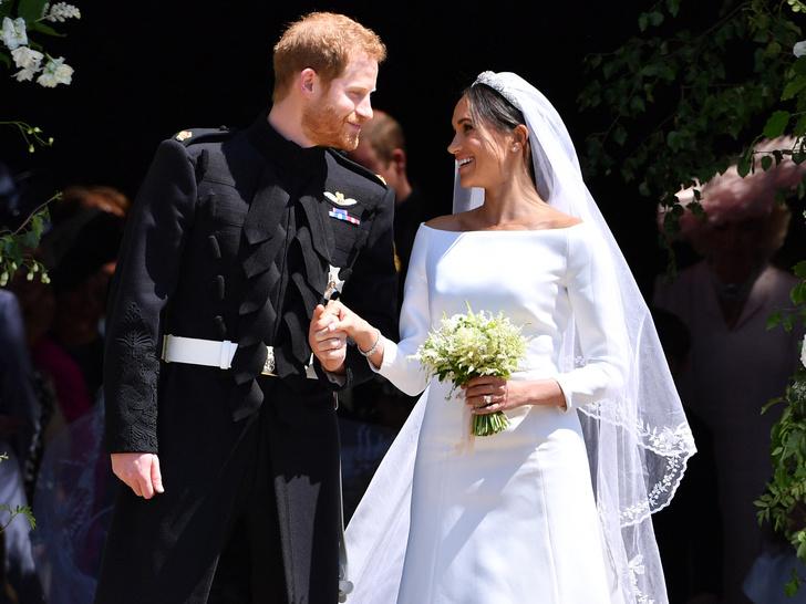 Фото №1 - Королевская традиция, которую нарушил свадебный торт Гарри и Меган
