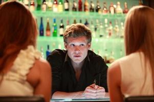 бармен Костя в сериале «Кухня»
