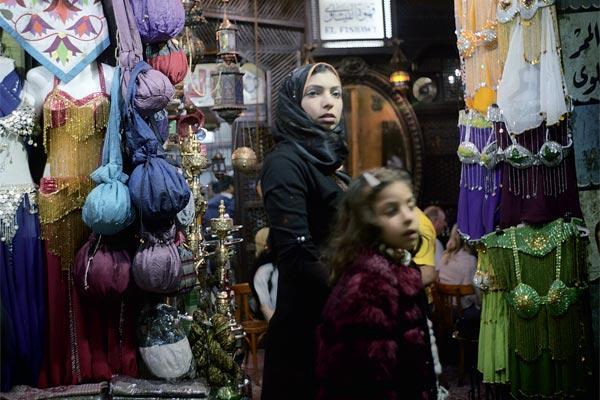 Фото №1 - Один из 87 тысяч дней каирского кафе «Эль-Фишави»