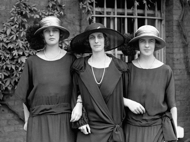 Фото №4 - Связи с нацистами и дурная репутация: как сестры принца Филиппа стали темной тайной Короны