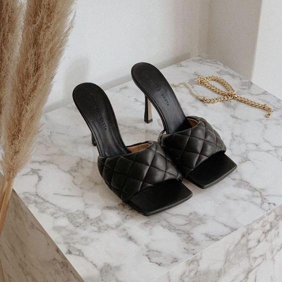 Фото №5 - Как не умереть на каблуках, если не хочешь на выпускной идти в кроссах