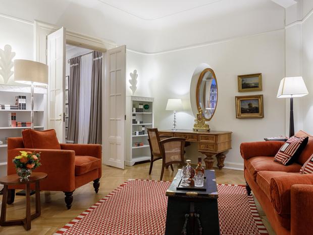 Фото №2 - 3 причины отдохнуть в знаменитом отеле «Астория» этой весной