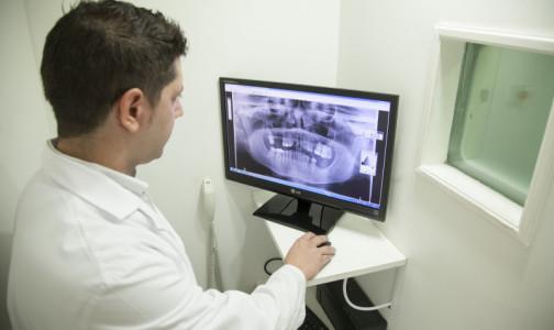 Фото №1 - Российские врачи восстанавливают пораженную раком челюсть с помощью 3D принтера и собственной кости пациента