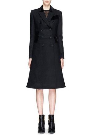 Фото №7 - Было/стало: как дизайнеры перешивают свои наряды ради Кейт Миддлтон