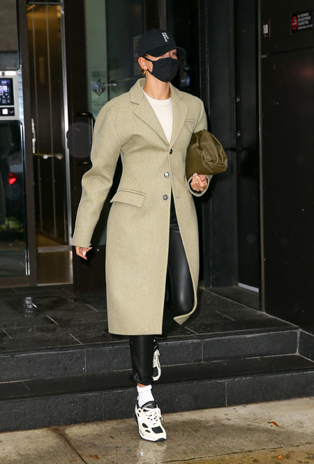 Хейли Бибер в Нью-Йорке