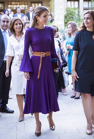 Фото №13 - Дивный Восток: 10 лучших выходов иорданской королевы Рании за 2017 год
