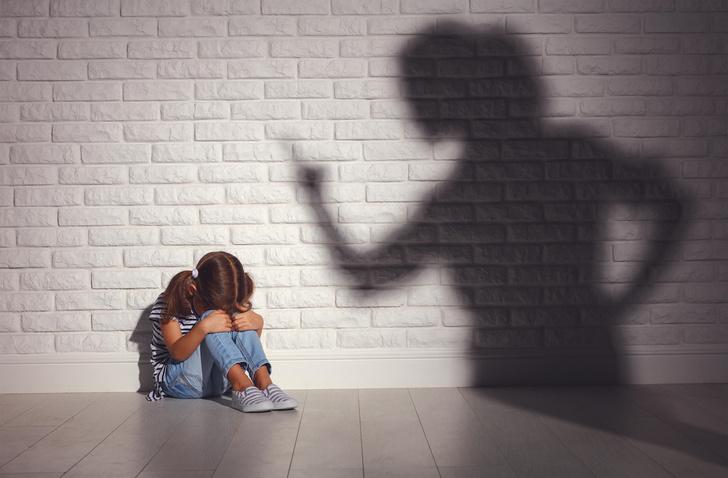 Фото №2 - Почему взрослые ведут себя жестоко с детьми— отвечает психолог