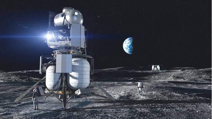 Фото №1 - НАСА выбрало компании для доставки людей к Луне