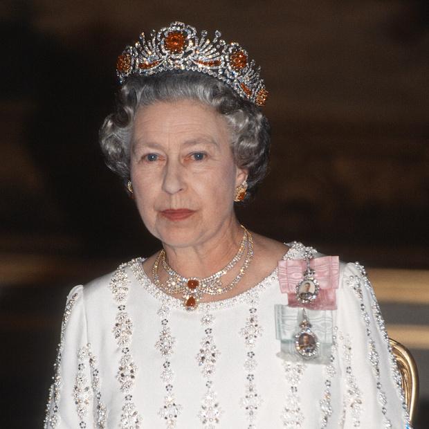 Фото №11 - 9 королевских тиар с удивительной историей