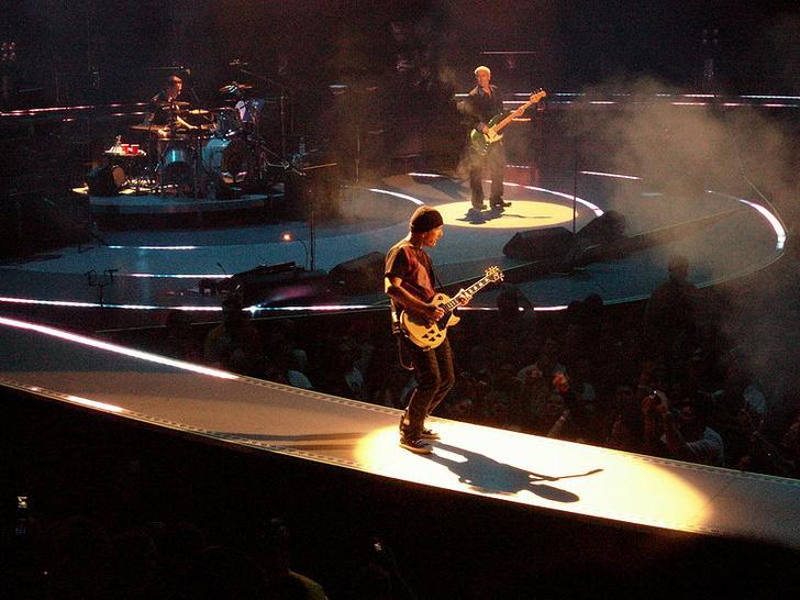 Фото №1 - Ученые рассказали, почему песни Nirvana и U2 стали хитами