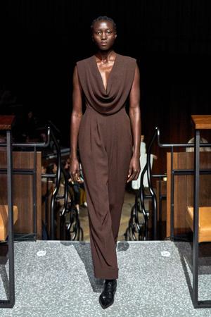 Фото №3 - Сладкая жизнь: как носить шоколадные оттенки
