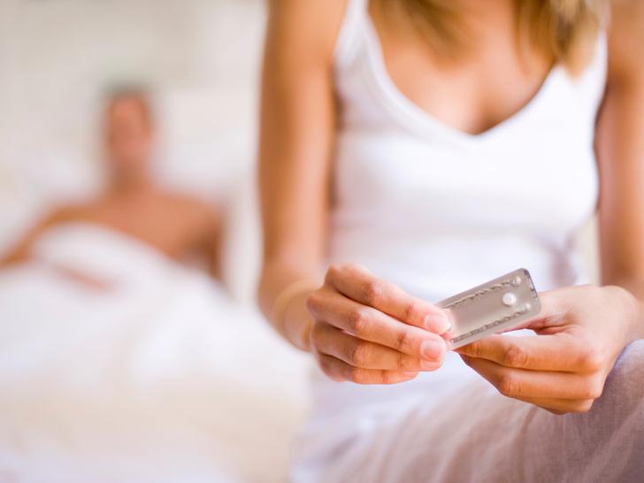 Фото №1 - 6 ошибок в использовании контрацептивов, которые допускают почти все