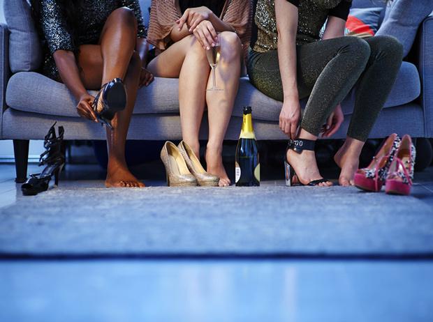 Фото №2 - На что готовы женщины ради высоких каблуков?