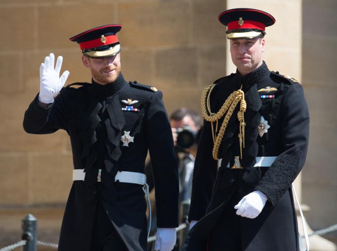 Фото №5 - Как принц Уильям отомстил принцу Гарри на свадьбе