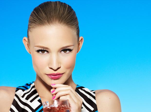 Фото №10 - Жара, жара: как сделать летний макияж более стойким