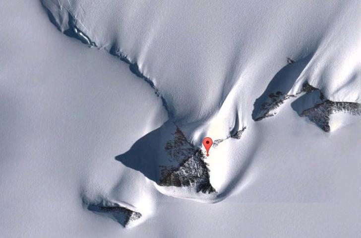 Фото №1 - Геологи объяснили происхождение «пирамиды» в Антарктиде