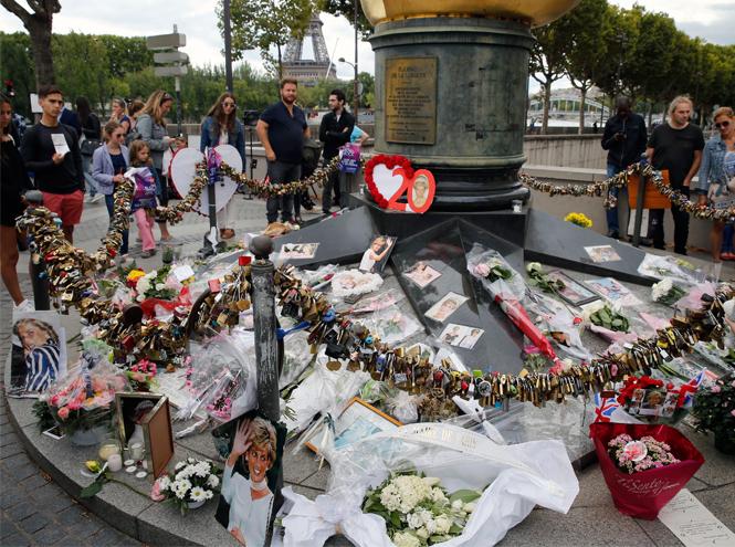 Фото №2 - Площадь в Париже решено назвать в честь принцессы Дианы