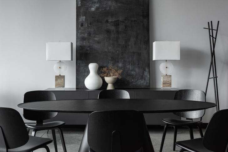 Фото №3 - Монохромный офис дизайн-бюро Simple interiors