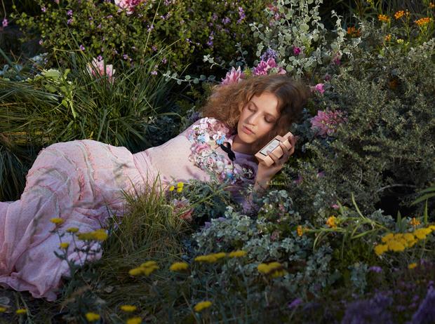 Фото №5 - Сотканный из цветов: аромат Gucci Bloom