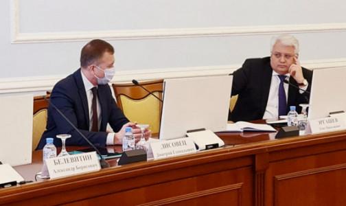 Фото №1 - Более 67 тысяч петербуржцев продолжают болеть ковидом, каждый седьмой — в больнице