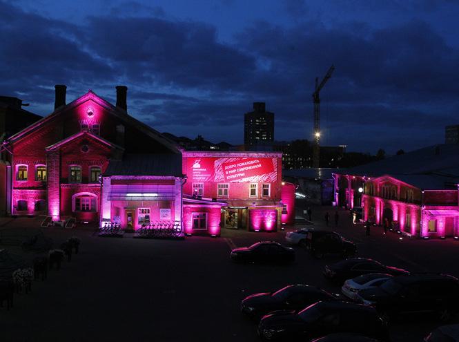 Фото №5 - Estée Lauder начинает кампанию против рака груди
