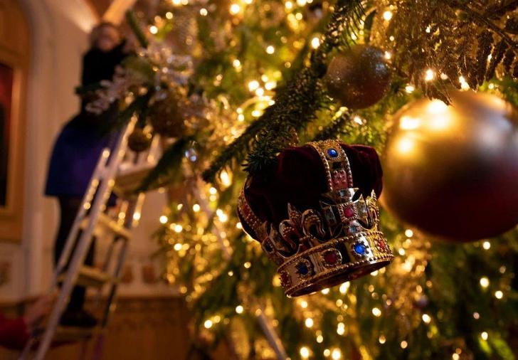 Фото №2 - Виндзорский замок готов к Рождеству