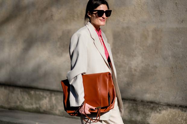 Фото №1 - Возвращение в офис: меняем пижамный лук на деловой стиль