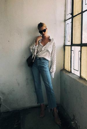 Фото №20 - Правильный минимализм: 7 незаменимых вещей из гардероба Роузи-Хантингтон Уайтли