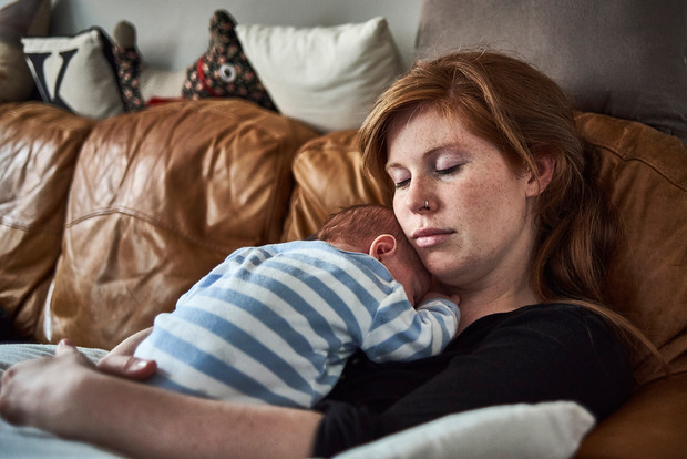 Фото №2 - Депрессия после родов: 5 глупых мифов, в которые все еще верят