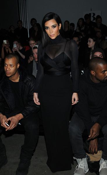 Ким Кардашьян на показе Robert Geller