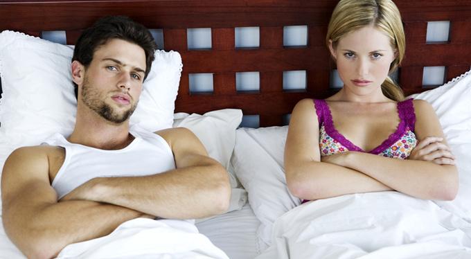 Игры, секстинг, кружевное белье: вернут ли они страсть паре?