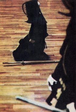 Фото №1 - Каратэ начинается с поклонов