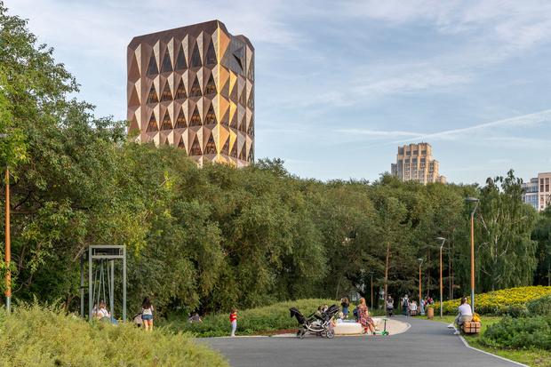 Фото №11 - Офисное здание по проекту Foster+Partners в Екатеринбурге
