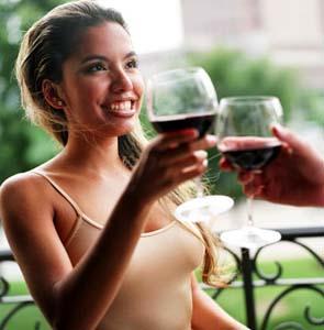 Фото №1 - Вино предотвращает кариес