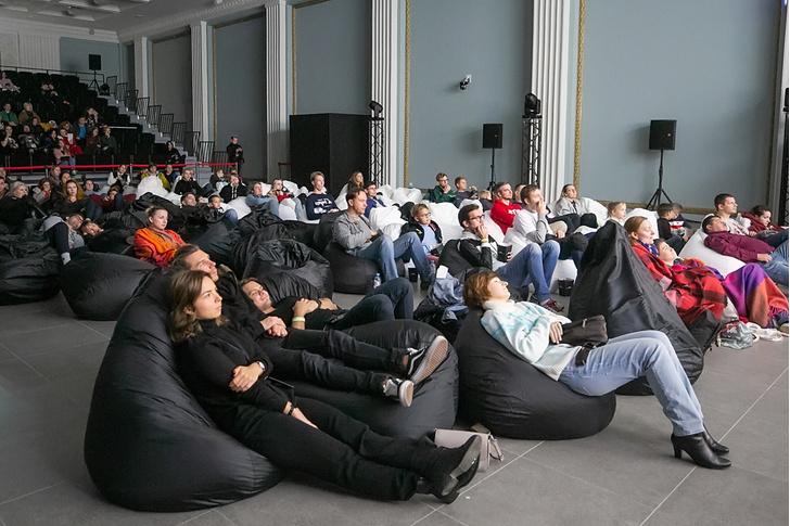 Фото №2 - May the Force be with you: «Европа Плюс» провела 24-часовой суперсеанс «Звездных Войн» для слушателей