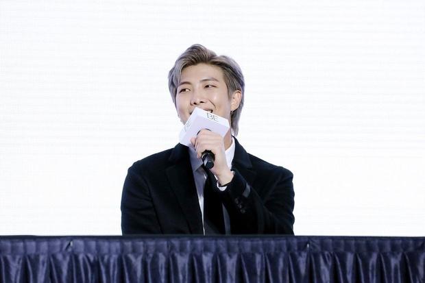 Фото №1 - Итоги 2020: 4 откровения RM из BTS, которые разобьют твое сердечко 💔