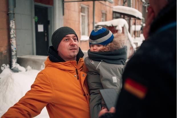 Фото №5 - «Роковые яйца»: прогулка по улице Ленина с актером Егором Овечкиным