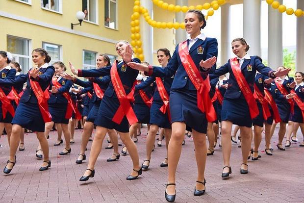Фото №1 - Как стать солдатом: 5 крутых военных школ для девочек