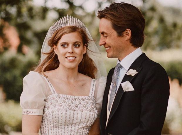 Фото №1 - Когда Эдо встретил Беа: как последняя незамужняя принцесса Британии нашла свою любовь
