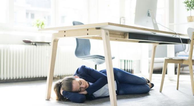 Время сиесты: почему хочется спать днем и что с этим делать?