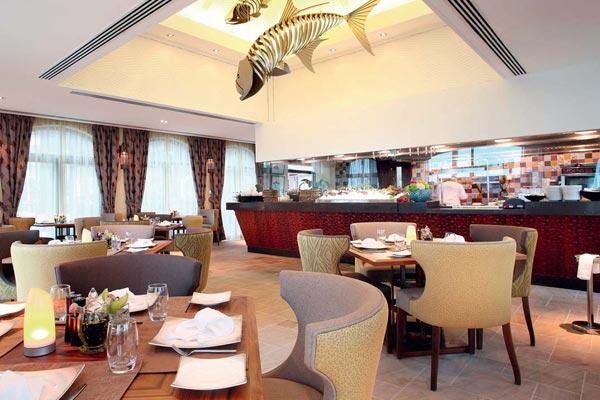 Фото №1 - Ресторан Samak в отеле Desert Island Resort & SPA. Абу-Даби