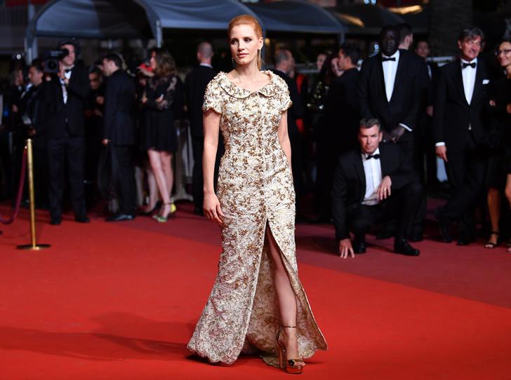 Фото №1 - Модные Канны-2017: Наташа Поли, Джессика Честейн и другие красавицы вечера премьер 26 мая